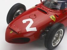 Коллекционная модель автомобиля СMC Ferrari 156 F1 1961 Sharknose #2 Hill/Monza 1/18 Limited Edition-фото 10