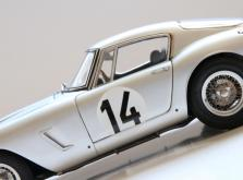 Коллекционная модель автомобиля СMC Ferrari 250GT Berlinetta SWB Competizione 1961 #14 1/18 LE-фото 7
