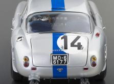 Коллекционная модель автомобиля СMC Ferrari 250GT Berlinetta SWB Competizione 1961 #14 1/18 LE-фото 1
