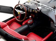 Коллекционная модель автомобиля СMC Ferrari 250 Testa Rossa 1958 Pontoon Fender #DM 124 1/18 LE-фото 7