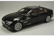 Коллекционный автомобиль BMW 750Li LONG VERSION BLACK