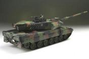 Радиоуправляемый танк  German Leopard 2 A6 Winter 1:24 Airsoft /JR-фото 10