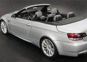 Масштабная модель автомобиля 1:18 BMW M3 CABRIOLET-фото 2