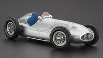 Коллекционная модель автомобиля СMC Mercedes-Benz W165, 1939 1/18