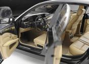 Масштабная модель автомобиля BMW 550i-фото 3