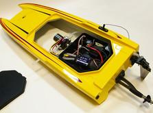 Радиоуправляемый катер Thunder Tiger Madcat OBL 690 мм 2.4GHz RTR Red-фото 3
