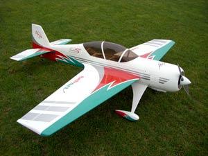 Модель самолёта Sukhoi 29S 140
