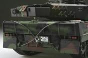 Радиоуправляемый танк  German Leopard 2 A6 NATO 1:24 Airsoft /JR (Camouflage RTR Version)-фото 3