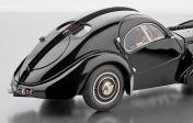 Коллекционная модель автомобиля СMC Bugatti Type 57 SC Atlantic-фото 2