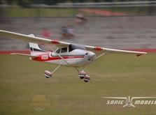 Модель cамолета Sonic Modell Cessna 182 500 Class V2 1400 мм PNP-фото 5