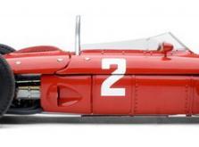 Коллекционная модель автомобиля СMC Ferrari 156 F1 1961 Sharknose #2 Hill/Monza 1/18 Limited Edition-фото 2