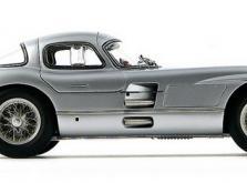 Коллекционная модель автомобиля СMC Mercedes-Benz 300 SLR Uhlenhaut Coupe 1955 1/18 Silver-фото 2