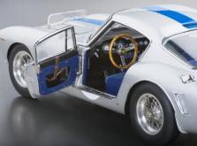 Коллекционная модель автомобиля СMC Ferrari 250GT Berlinetta SWB Competizione 1961 #14 1/18 LE-фото 6