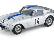 Коллекционная модель автомобиля СMC Ferrari 250GT Berlinetta SWB Competizione 1961 #14 1/18 LE-фото 2