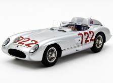 Коллекционная модель автомобиля СMC Mercedes-Benz 300 SLR W196S Mille Miglia Sieger #722 1955 1/18-фото 7