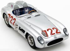 Коллекционная модель автомобиля СMC Mercedes-Benz 300 SLR W196S Mille Miglia Sieger #722 1955 1/18-фото 3
