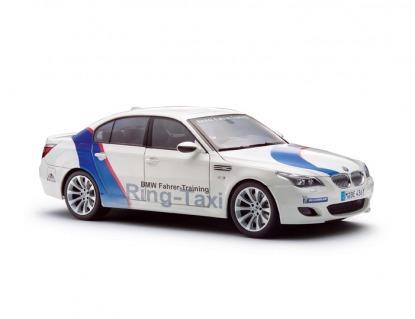 Масштабная модель автомобиля BMW M5 E60