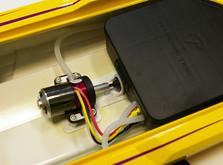 Радиоуправляемый катер Thunder Tiger Madcat OBL 690 мм 2.4GHz RTR Red-фото 10