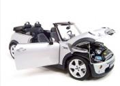 Коллекционная модель автомобиля MINI COOPER-фото 1