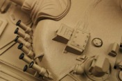 Танк на радиоуправлении  T72 M1 1:24 Airsoft/JR (Desert RTR Version)-фото 3