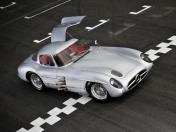 Коллекционная модель автомобиля СMC Mercedes-Benz 300 SLR Uhlenhaut Coupe 1955 1/18 Silver-фото 7